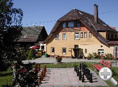 Haus mit Gastenschach